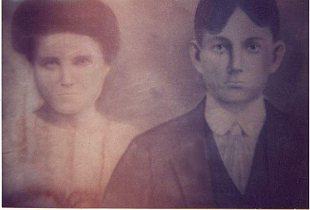 Joseph Henry & Ida May Bond-Fleetwood
